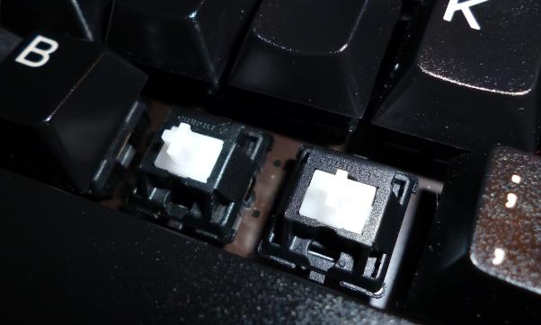 Mechanischer Schalter bei abgenommener Tastenkappe