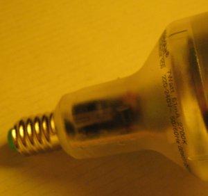 Innereien einer Energiesparlampe